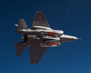 lockheed-f35-lightning-weapon-bays-sml.jpg