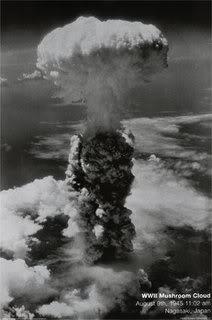 mushroom-cloud---nagasaki-japan-194