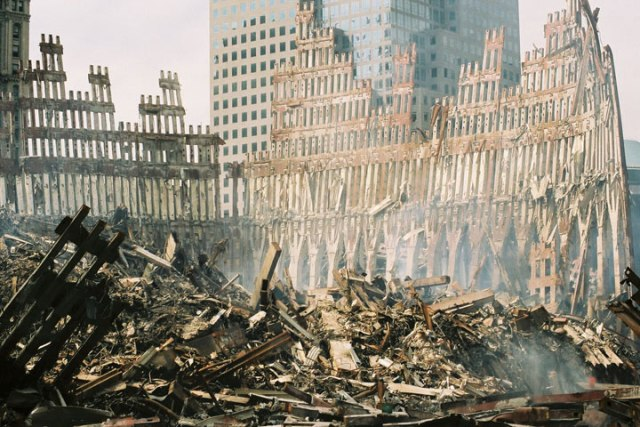 wtc-wreckage-exterior_shell_of_south_tower.jpg