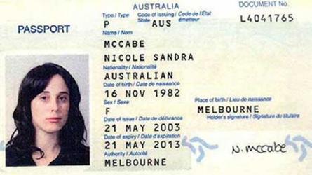 passport-woman-dubai=sml.jpg