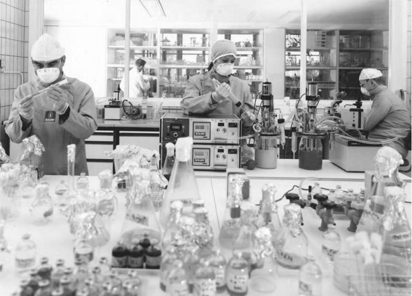 solvay labs 1980s